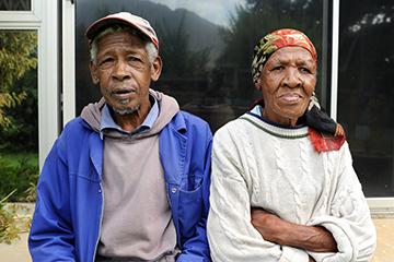 elderly couple applying for a grant