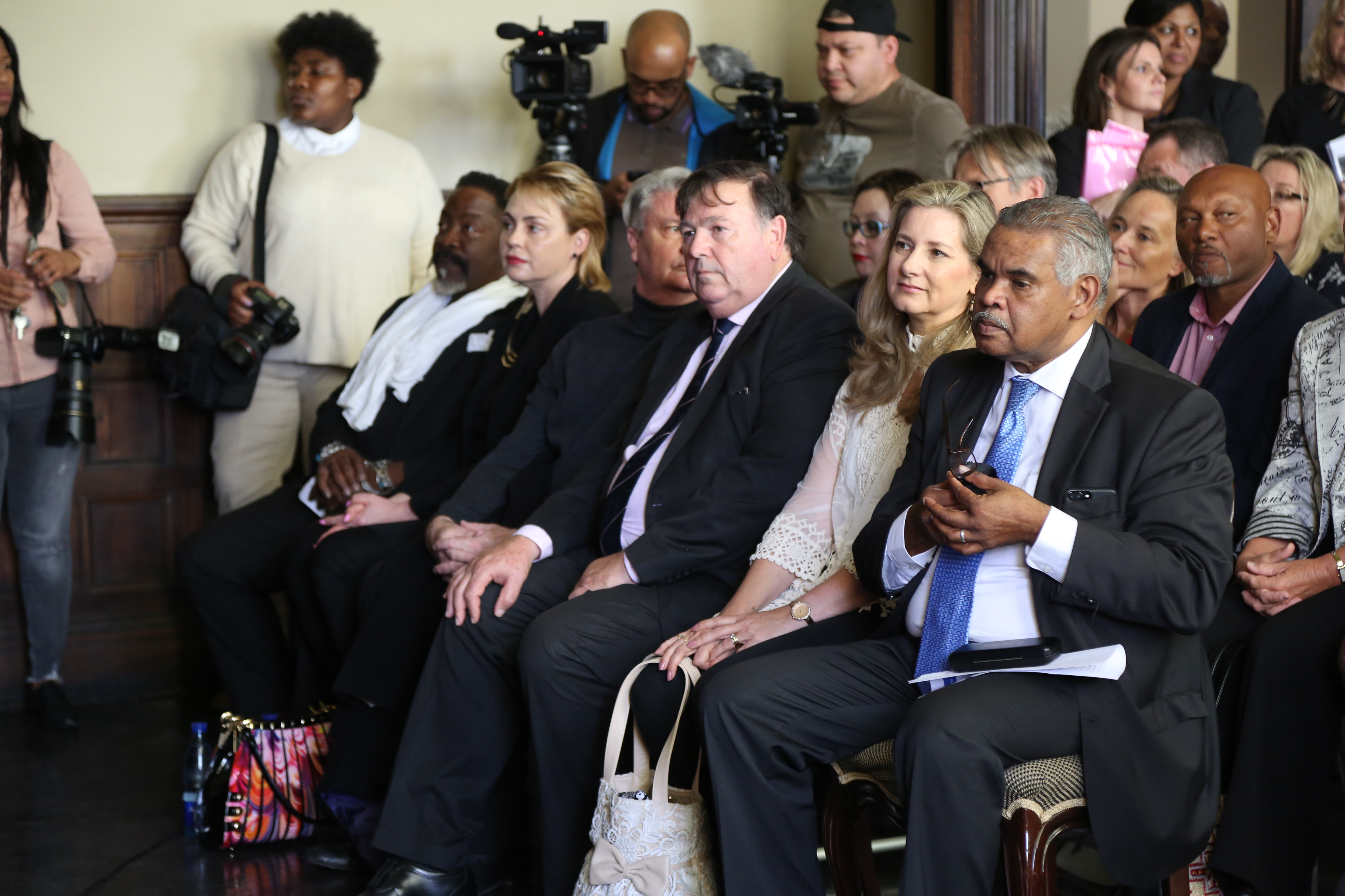 Dali Tambo and his wife among the delegates at the unveiling