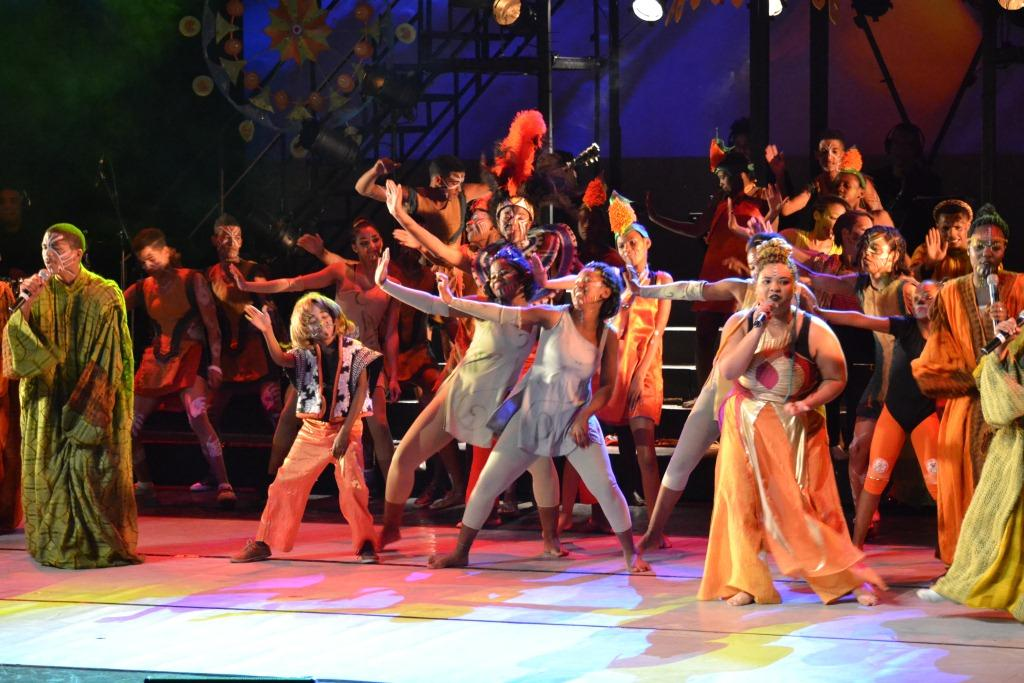 Dancing and singing were combined to give the groups the chance to shine