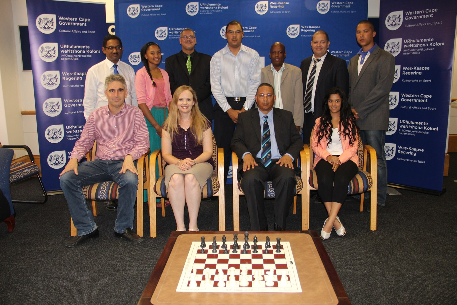 Dr Meyer and officials from DCAS and Chess Western Province with SA team chess players.