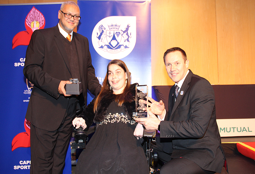 Elanza Jordaan accepts her award for Sportswoman with a Disability of the Year at the Cape Town District Sport Awards on Wednesday night