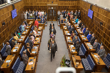 Premier Helen Zille walking into Parliament at the start of her State of the Province Address