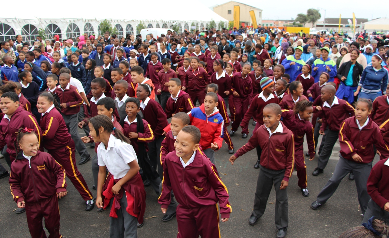 Hundreds of learners engaged in the mass aerobics session.