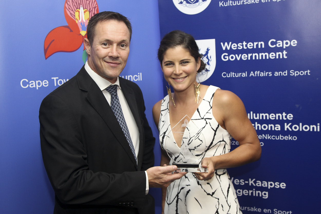 JP Naude with Ilse Hayes, winner of the Sportswoman with a Disability award