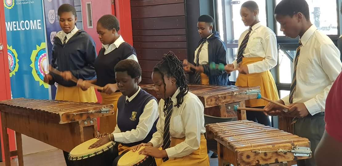 Dunoon S High Tech Library Opens Its Doors To Residents Western Cape Government