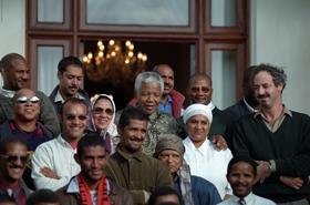 Mandela-at-grootes-schuur-staff