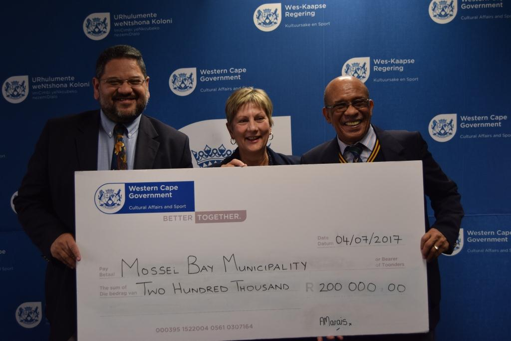 Mossel Bay Municipality received R200 000 for a new netball facility