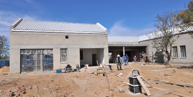 New Paarl Psychiatric Services Building under construction.