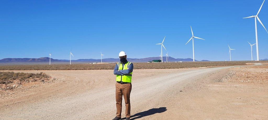 Minister Maynier visits Perdekraal East Wind Farm