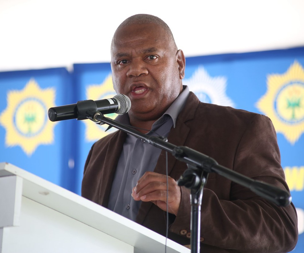 Minister Plato renders his address at the Community Imbizo in Lavender Hill.