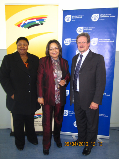 From left: Lungiswa James, City of Cape Town Mayoral Committee Member; Patricia de Lille, Mayor of Cape Town; and Theuns Botha, Western Cape Minister of Health.