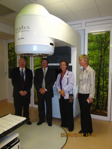 At the newly acquired radiation equipment at Groote Schuur Hospital is from left, Prof. Raymond Abratt (Department of Radiation Oncology), Western Cape Health Minister, Theuns Botha, Dr. Bernadette Eick (medical superintendent) and Ms Hester  Burger (phys