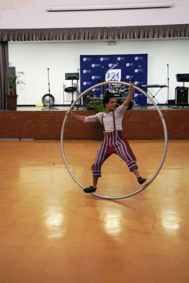 A performer from the Zip Zap circus thrilled the audience with his performance