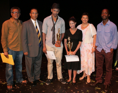 Abduragmaan Adams, Dr Ivan Meyer, Julian van der Westhuizen (Best Actor), Olivia Pika (Best Actress), Nerine Jeaven (DCAS) and Thami Mbongo pose together.