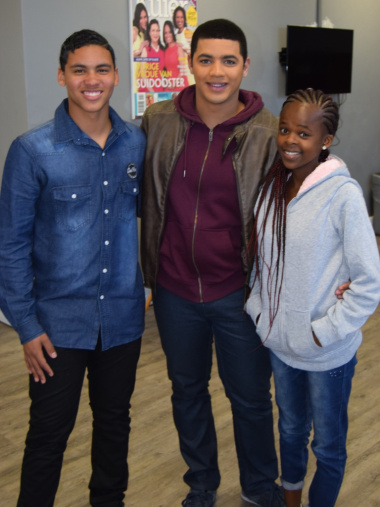 Aden and Karabo with Dean Smith who plays the role of Wade in Suidooster.