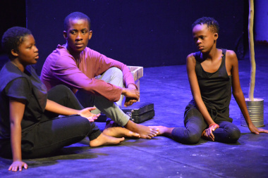 African Calling, the runners-up at the Cape Winelands Drama Festival, did Langeberg proud at the Baxter on Saturday.