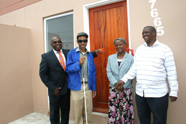 Minister Delivers Houses to Pine View and Rooidakke Communities in Grabouw