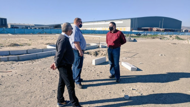 Minister Maynier visits Brackengate 2 construction site