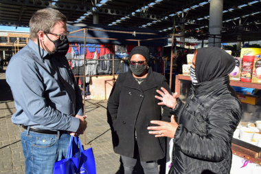 Minister Maynier hands out Covid-19 Business Safety Kits in Mitchells Plain