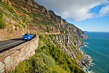 Chapman's Peak Drive closed due to inclement weather conditions.