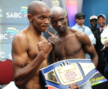 Dalisizwe Komani and Mfundo Gwayana will be boxing in the main supporting bout for the WBA International Title (Junior Flyweight).