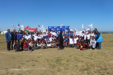 DCAS officials, participants and children from Doringbaai