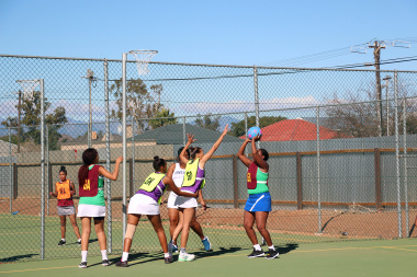 De Doorns played a thrilling netball game against Central Karoo