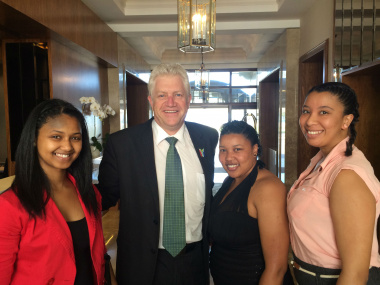 From left to right: Elriza van Staden (Lavender Hill), Alan Winde, Western Cape Minister of Economic Opportunities, Christyne Clayton (Ocean View) and Amy Domingo (Cape Town).