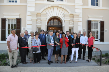 Provincial Health Minister Nomafrench Mbombo officially opens the administration buildings at Valkenberg Psychiatric Hospital.