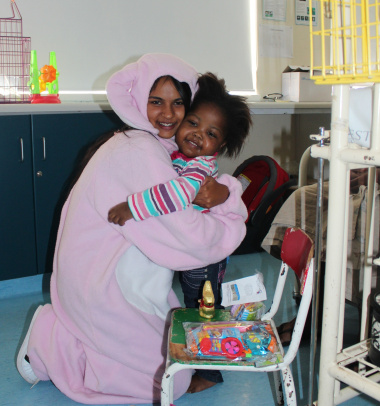 Easter Bunny brings joy to sick patients: Iphendulwe Dangazele (3), from Butterworth in the Eastern Cape, was overjoyed to see the Easter Bunny.