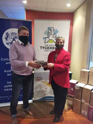 Minister of Cultural Affairs and Sport, Anroux Marais, handed over 1700 marks to the Greater Tygerberg Partnership on Thursday.