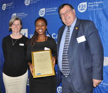 Ms Gooch and Minister Grant with Khanya Mazolwana - BSc Eng (civil engineering) student at Stellenbosch University.