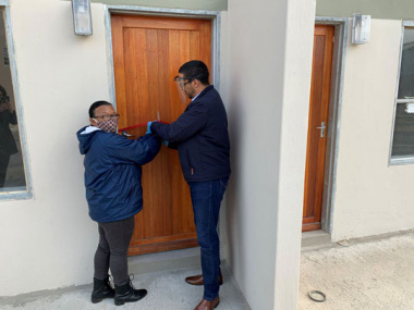Sandra Noble (56) and 19 years on the waiting list and Western Cape Minister of Human Settlements, Tertuis Simmers