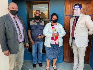 Mayor, Mr and Mrs Fielies and Minister Tertuis Simmers