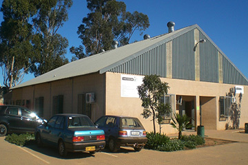 The Ilingelethu e-Centre operates from the Thusong Centre in Eyethu Street.