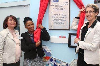 Western Cape Government Health Minister, Dr Nomafrench Mbombo with Symphony Way Facility Manager, Sister Geraldine Naude and HOD Dr Beth Engelbrecht