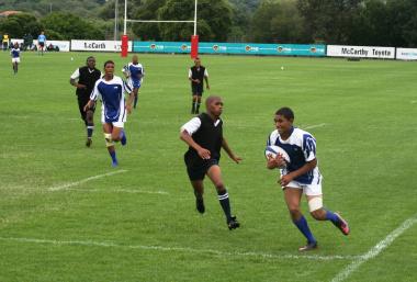 Davern Cloete of Weston High School (Vredenburg, Western Cape) on his way to scoring in an u16 sevens rugby match against Queens High School (Gauteng). Weston won the game 19–17.