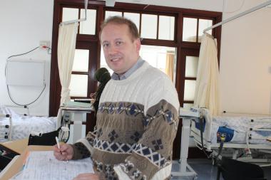 Dr Viljoen