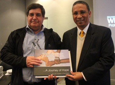 Jan Ungerer and Dr Ivan Meyer at the book launch.