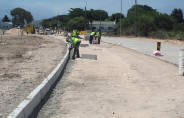 Kerbs being installed at Riverside