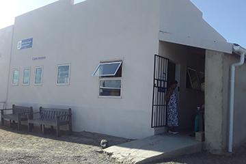 Leeu-Gamka e-Centre in Gousblom Street.