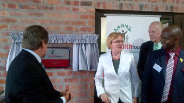 Premier Helen Zille with Minister Theuns Botha, Dr Paul Clover and Ernst & Young's Mandla Moyo.