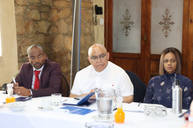 Mayor Memory Booysen, Minister Albert Fritz and Chief Director Yashina Pillay
