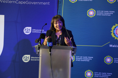 Patricia de Lille, the Mayor of Cape Town giving a short speech at the unveiling