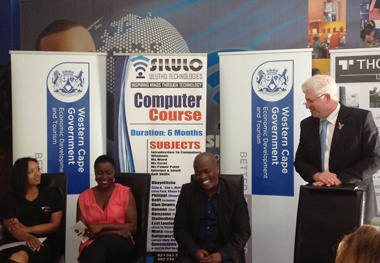 Minister Winde meets with representatives from Silulo Ulutho Technologies.