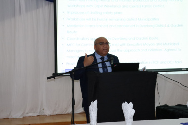 Minister Albert Fritz meets with Overberg Safety Stakeholders