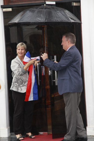 Minister Anroux Marais and Dr Andrew Kok at the launch of the new exhibition at the Franschhoek Memorial Museum