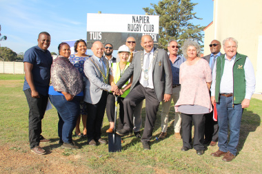 Minister Anroux Marais (centre) was present at the ceremonial sodturning of a new borehole in Napier on Tuesday