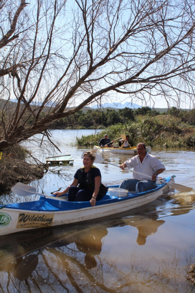 Minister Anroux Marais enjoying a canoeing experience at High Africa.