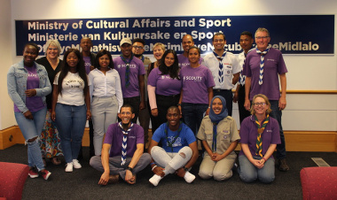 Minister Anroux Marais meets with the scout.